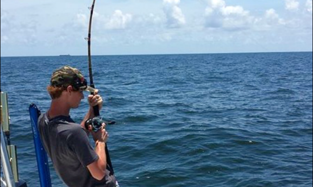 Center console fishing trips in cedar key florida getmyboat for Cedar key fishing