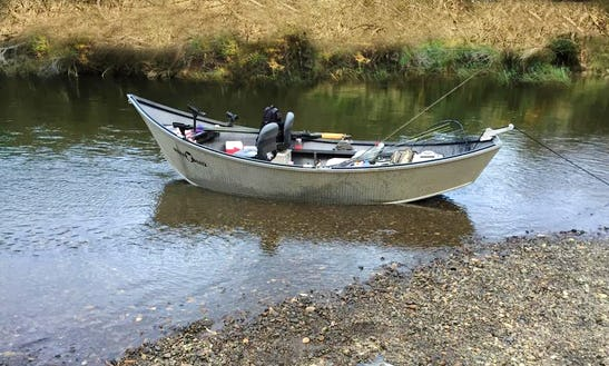 16' Jon Boat Charter In Portland, Oregon