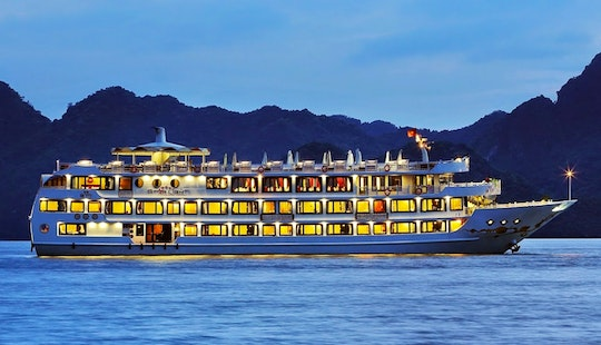 Starlight Cruise In Halong Bay