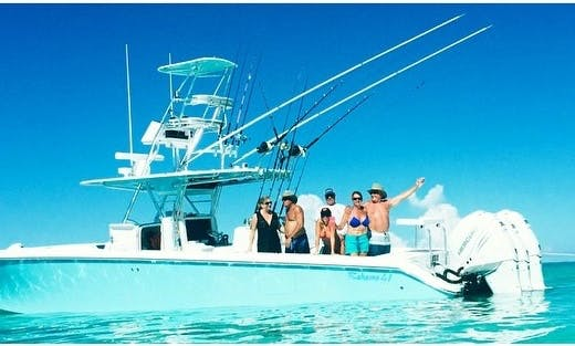 25' Center Console Charter in West Palm Beach, Florida