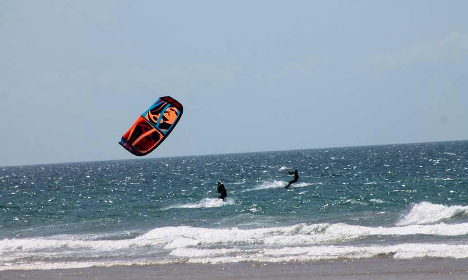 Kitesurfing Lesson In Costa da Caparica, Portugal