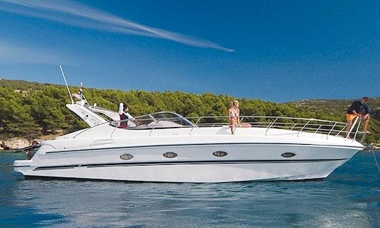 Charter The Mira 43 Motor Yacht In San Felice Circeo