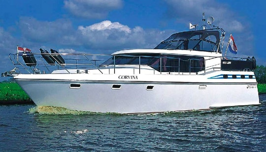 Excellent And Luxurious 8 Person Vri-jon Motor Yacht Charter In Langelille, Friesland