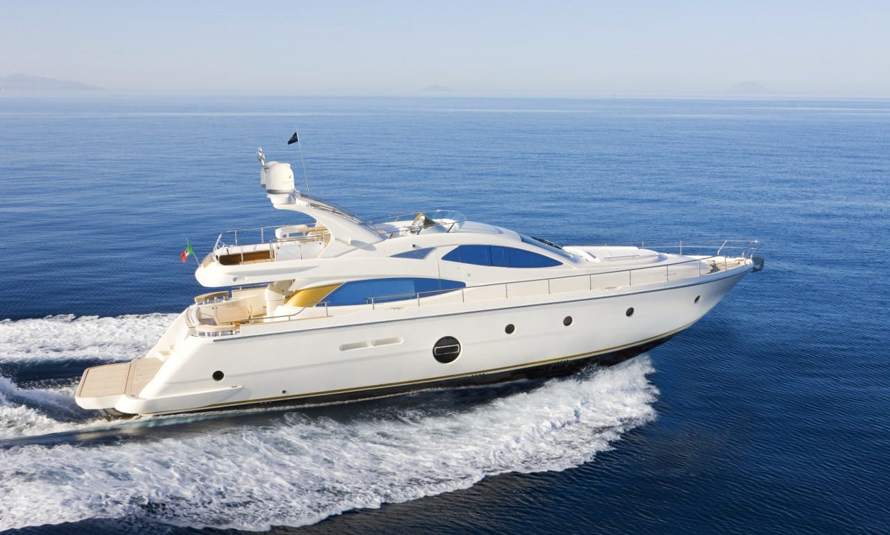 Motor Yacht Rental in Taormina and Aeolian Islands