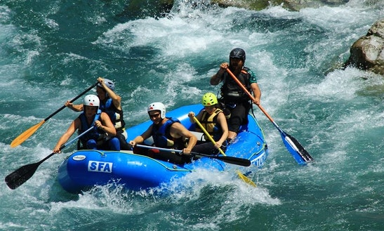 River Rafting On River Esera Huesca