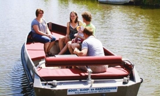 Rent Motorboat In Medemblik