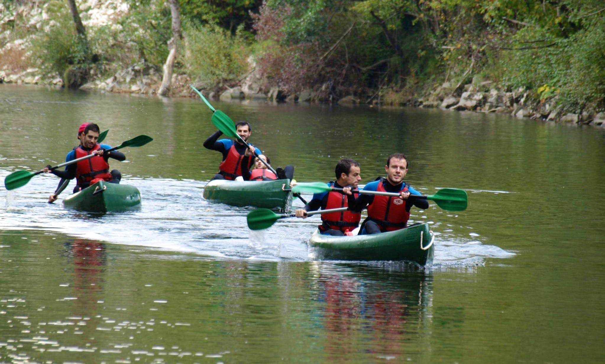 Canoe Descending Guided Trips in Ribadesella