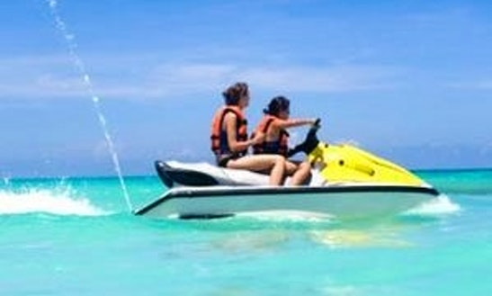 Hire Yamaha Waverunner Jet Ski In Cancún, Mexico