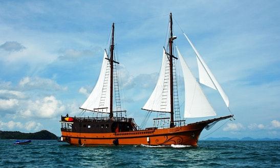 Liveaboard Dive Trips Aboard Mv