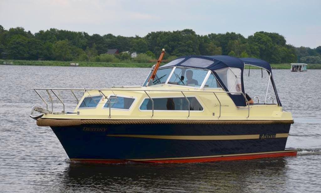 Rent Antaris 720 Family Yacht In Werder (Havel)
