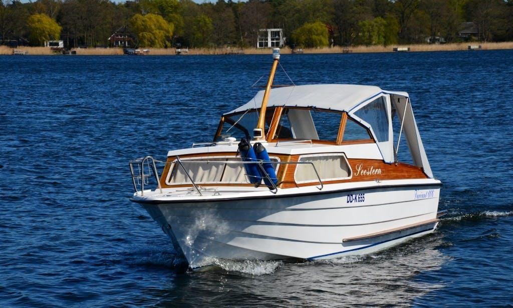 Rent Variant 606 HT Powerboat In Werder (Havel)