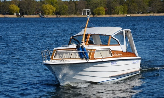 Rent Variant 606 Ht Powerboat In Werder (havel)