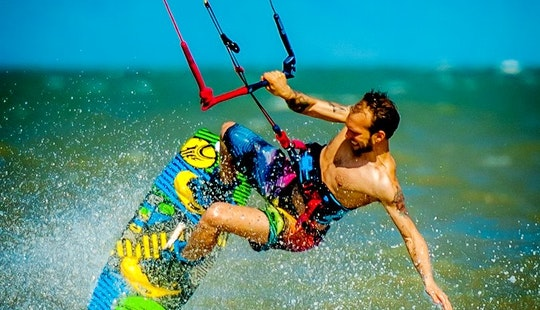 Kitesurfing Lessons With Professional Instructors In Gran Canaria, Spain
