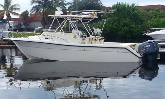 Enjoy 30' Pursuit 2870 Offshore Charter In Hollywood