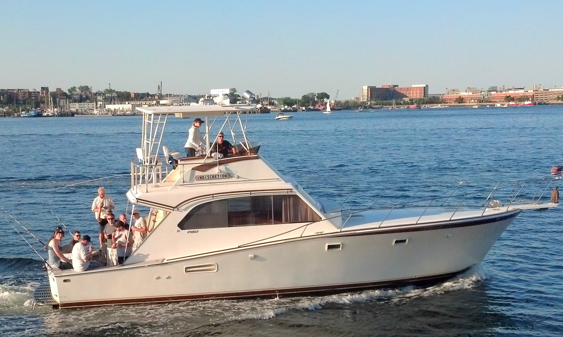 Charter On 42ft 'Indiscretion' Yacht In Boston, Massachusetts