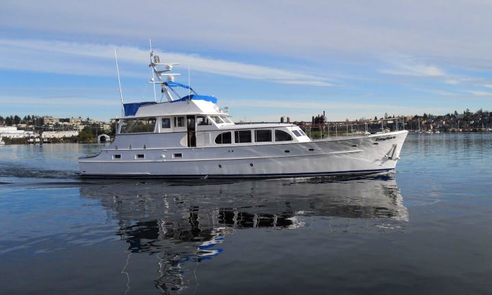 67ft Burger Cruiser Motor Yacht Charter in Seattle, Washington