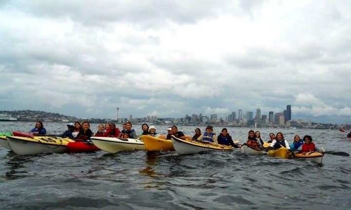 Explore Seattle, Washington on a Single Kayak