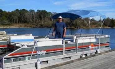 24ft Pontoon Boat in Willis, Texas