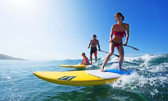 Stand Up Paddleboarding Lesson In Saint Kilda West