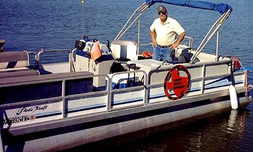 24 39 pontoon boat rental in north wildwood new jersey for Wildwood nj fishing charters
