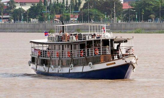 Mekong Boat Tour In Phnom Penh