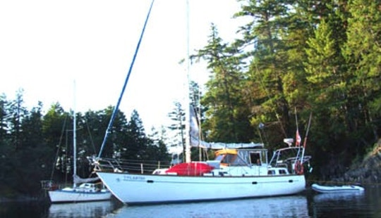 38' Sloop Boat Charter In North Vancouver, British Columbia