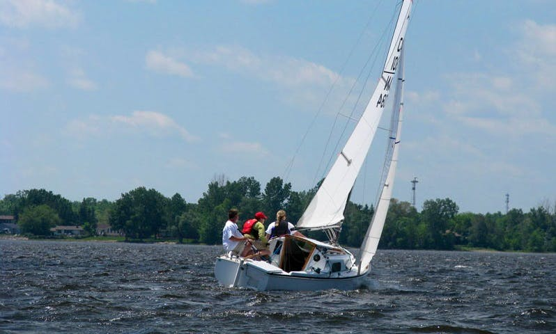 Learn to Cruise (Sailing) In Ottawa