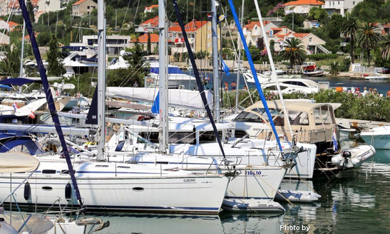 Luxury Cruising Monohull 'bavaria 49 Figlio' Charter In Dubrovnik