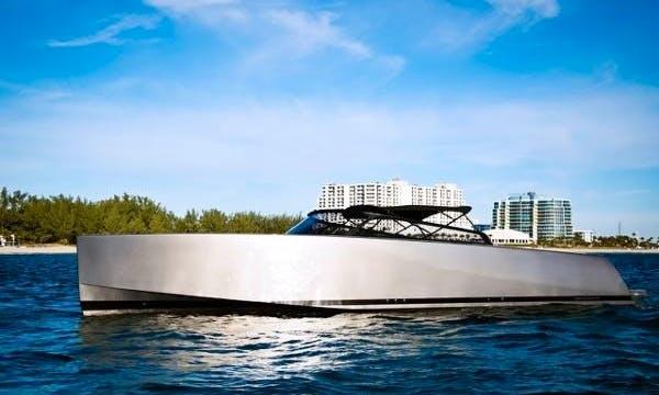 Motor Yacht Rental in Grimaud