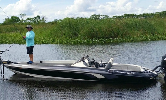 Ranger Bass Boat Fishing Charter In Davie