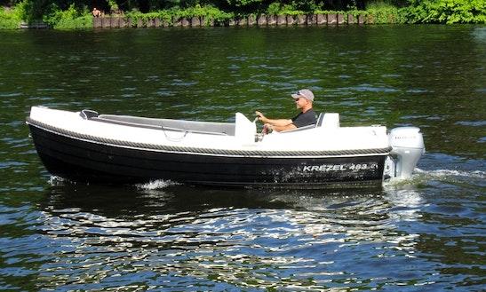 'unsinkable 2' Boat Rental In Berlin