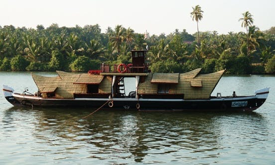 Two Bedroom Houseboat in Candolim