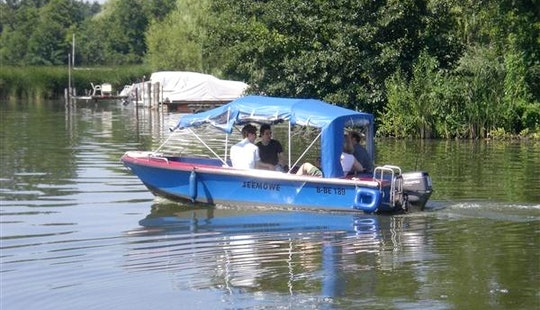 'seagull' Motor Boat Hire In Heidesee