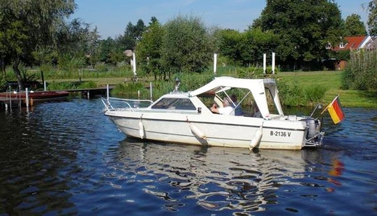 'flipper' Deck Boat Hire In Heidesee
