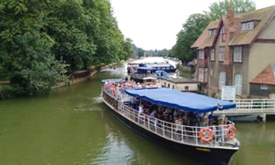 Canal Boat Rental In Oxford, United Kingdom