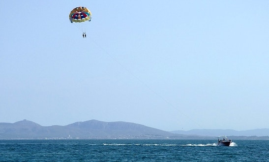 Get On 15 Minute Parasailing Ride In Le Barcarès, France