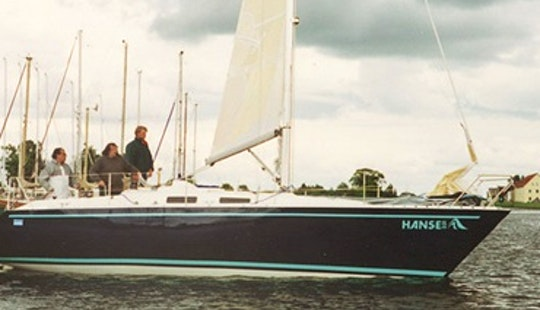 Amazing 33' Sailing Charters For 6 Person In Greifswald, Germany