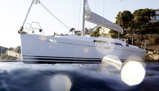 Fantastic Hanse 350 Sailing Yacht For 6 Person In Greifswald, Germany