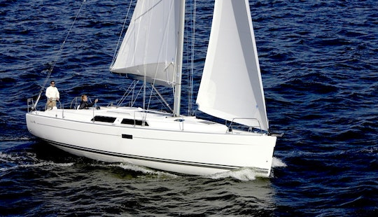 40' Hanse Sailboat For 6 Perople Ready To Charter In Greifswald, Germany