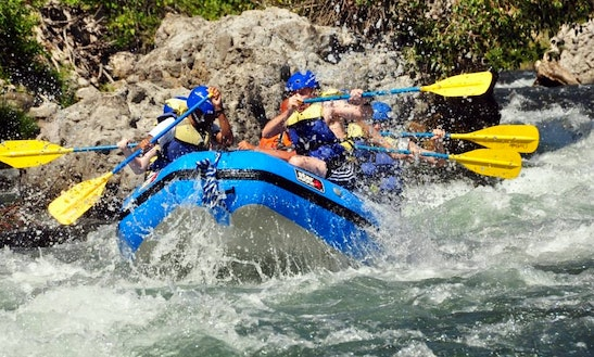Rafting Adventure For Half Day On Truckee River