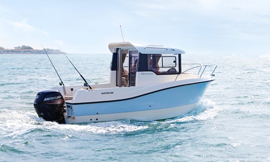 Rent The Quicksilver 555 Pilothouse In La Rochelle