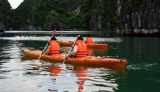 Kayak In Hanoi - Vietnam