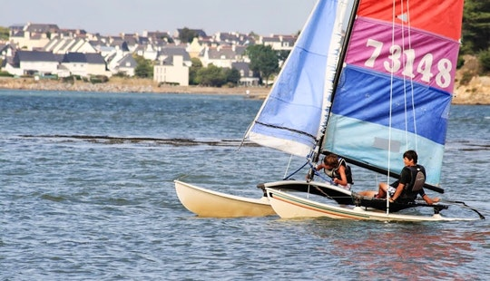 Hobie Cat 16 Daysailer Rental In Port-louis, France