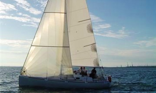 Olea 30 Cruising Monohull Rental & Trips In Larmor-plage, France