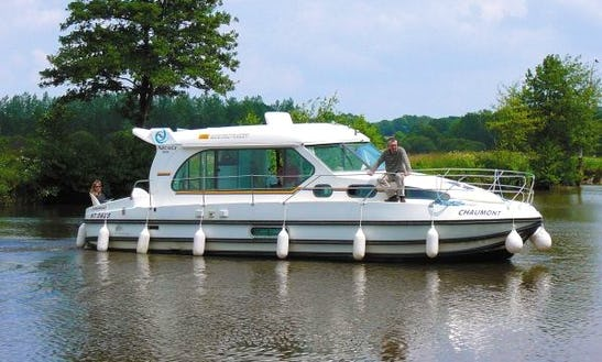 'nicols 1000' Motor Yacht Hire In Bouzies, France For 8 Friends