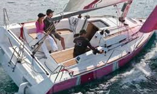 First 30 Jk Cruising Monohull Rental & Trips In Larmor-plage, France