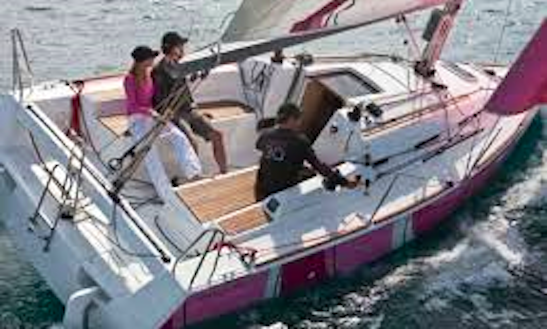 First 30 Jk Cruising Monohull Rental & Trips In Larmor-plage, France