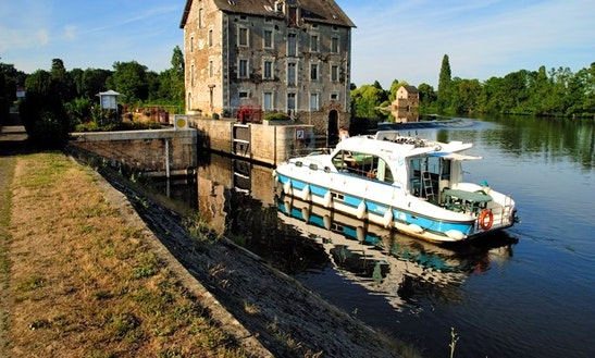'nicols 1010' Motor Yacht Hire In Bouzies, France For 8 Person