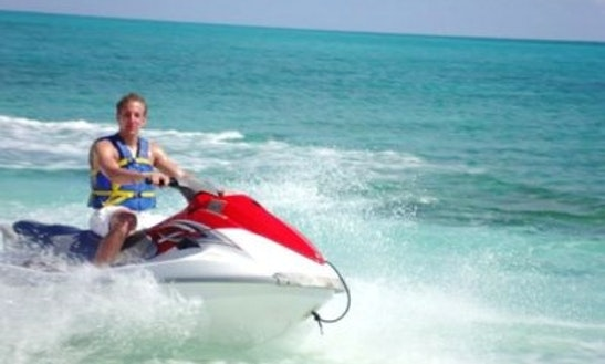 10' Jet Ski In Freeport, Bahamas
