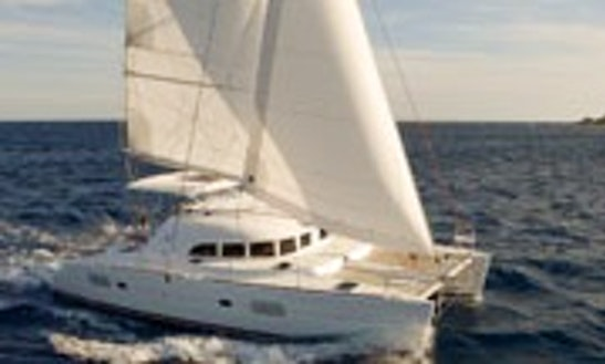 Lagoon 380 Cruising Catamaran Rental & Trips In Larmor-plage, France